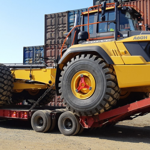 Delivery of dump trucks to Sakhalin