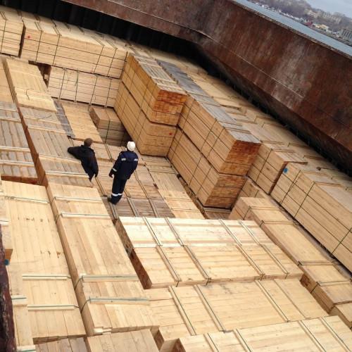 Перевалка экспортного пиломатериала