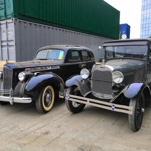 Delivery of rare cars to the car museum